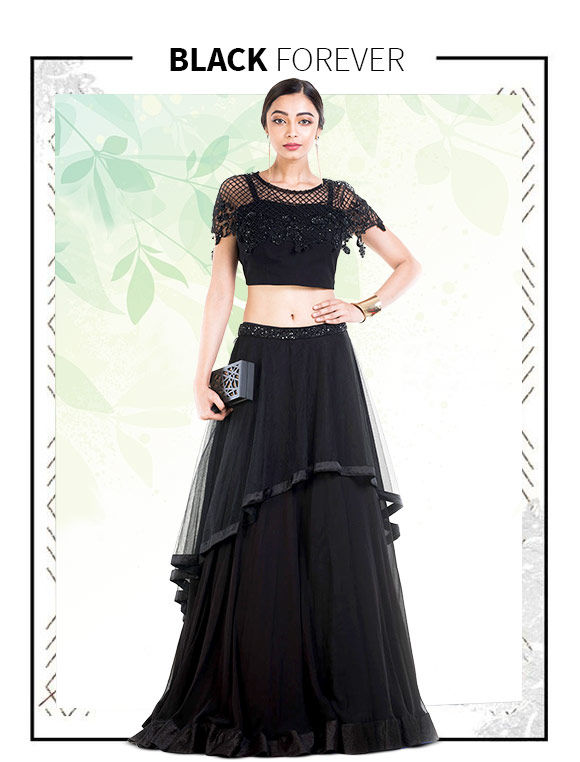 A fresh range of Sarees, Salwar Suits & more in Black hue. Buy Now!